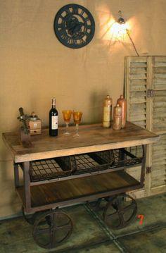 Désserte industrielle rouille: meuble industriel idéal pour cuisine.