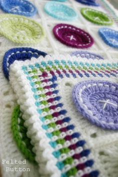 Ravelry: Bright as a Button Blanket by Susan Carlson