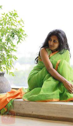 Handloomed Bengali silk/cotton sari