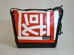 totem T3 messenger bag w/ Chinese banner