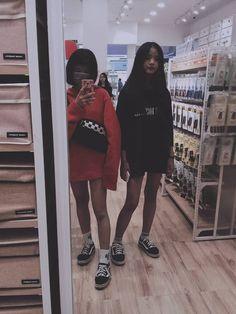 Uzzlang Girl, Hey Girl, Ulzzang Fashion, Korean Fashion, I Love You Girl, Korean Best Friends, Girl Couple, Ulzzang Couple, Perfect People