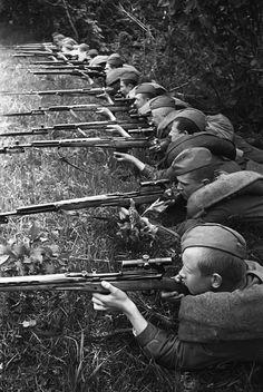 Soviet sniper training, WWII. Natalia Bode