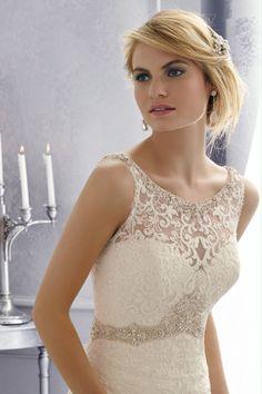 2014 Wedding Dresses Scoop Beaded Neckline Mermaid/Trumpet Lace Bodice With Ruffled Organza Skirt