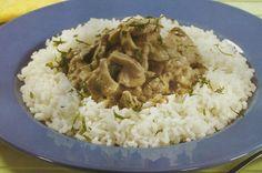 Carne de Vaca com Molho de Cogumelos - https://www.receitassimples.pt/carne-de-vaca-com-molho-de-cogumelos/