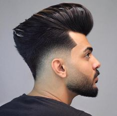 Best Pompadour Hairstyle for Men, What is the Pompadour exactly? A common faded pompadour is worn with the hair brushed up in reverse and also upwards while maintaining the sides shorter or faded. Mens Summer Hairstyles, Popular Mens Hairstyles, Cool Hairstyles For Men, Haircuts For Men, Trending Hairstyles, Beautiful Hairstyles, Hairstyle Ideas, Pompadour Fade Haircut, Mens Hairstyles Pompadour