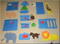 I'm very pleased to present my very first flannel board! One of the themes I chose for the upcoming year is Zoo and everywhere I look I see . Flannel Board Stories, Felt Board Stories, Felt Stories, Flannel Boards, Felt Animal Patterns, Stuffed Animal Patterns, Education And Literacy, Kids Education, Dear Zoo Book
