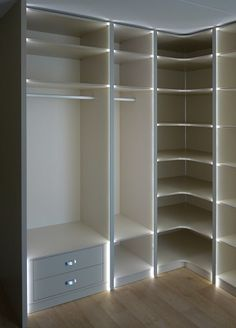 inloopkast-hoek-met-LED.jpg (359×500)