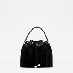 FRINGED MESSENGER STYLE BUCKET BAG from Zara