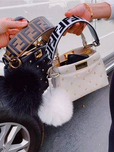 🦋🦋 Kylie Jenner and Chiara Ferragni's favorite Fendi stroller Luxury Purses, Luxury Bags, Luxury Handbags, Fashion Handbags, Purses And Handbags, Fashion Bags, Cheap Handbags, Popular Handbags, Handbags Online
