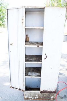 Upcycled Furniture Metal Locker Cabinet Upcycled Furniture Metal Locker Cabinet Hudson Farmhouse hudsonfarmhouse Farmhouse Decor Group Board metal filing cabinet The refurbished metal cabinet project nbsp hellip cabinet makeover Upcycled Furniture, Cool Furniture, Refurbished Furniture, Street Furniture, Cabinet Furniture, Baby Furniture, Plywood Furniture, Garden Furniture, Painted Furniture