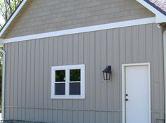 Here 39 s a james hardie board and batten combo the battens for Harvey siding colors