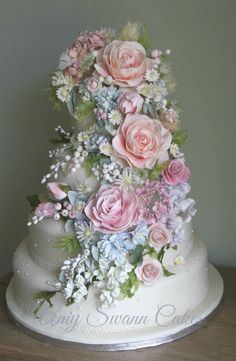 Beautiful wedding cake designs click the link to take you to Flikr, then click the arrow on the left-hand side of the photo to find some great ideas for wedding cakes. Elegant Wedding Cakes, Beautiful Wedding Cakes, Gorgeous Cakes, Wedding Cake Designs, Pretty Cakes, Cute Cakes, Amazing Cakes, Floral Wedding, Elegant Cakes