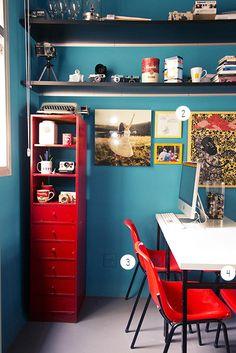 Detalhe da estante vermelho (quero uma...) - Foto: Casa Aberta