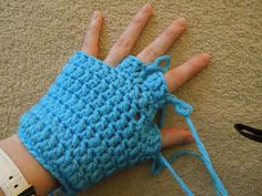 Happy Berry Crochet: Crochet Finger and Fingerless/Half Finger Glove Pattern