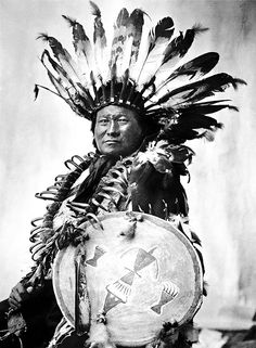 Rare historical photos of the Standing Rock Sioux Native American Images, Native American Tribes, Native American History, American Indians, British History, American Women, Sioux, Rare Historical Photos, Westerns