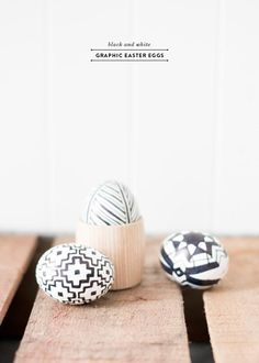 DIY Easter Crafts : DIY Black and White Graphic Easter Eggs