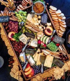 Gourmet Foods Celebration Party for 50 Guests - Anrichten Halloween Appetizers, Appetizers For Party, Appetizer Recipes, Appetizer Ideas, Cheese Appetizers, Halloween Party, Cheese Platters, Food Platters, Party Platters