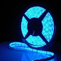 5M Blue Waterproof Light Strip 3528 SMD 300 LEDs 60LEDs/M Black PCB