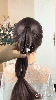 Momo's short video with ♬ original sound - uyuki.momo - Women Style World Cabelo Ombre Hair, Braided Hairstyles, Wedding Hairstyles, Fast Hairstyles, Blonde Hair Shades, Hair Videos, Hair Designs, Prom Hair, Short Hair Styles