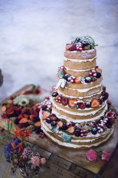 wedding cakes east yorkshire 1000 ideas about autumn wedding dresses on 24243