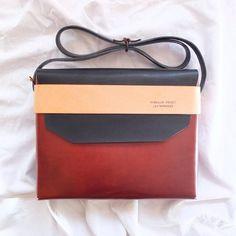 BOY bag by Pendular Pocket // available at www.botigueta.com