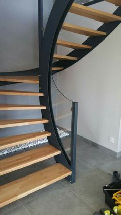 Modern stairs architecture ideas for 2019 Staircase Outdoor, Staircase Handrail, Curved Staircase, Staircase Design, Spiral Staircases, Metal Stairs, Loft Stairs, Modern Stairs, House Stairs