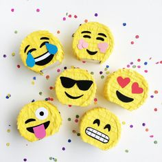 Emoji Pinata Party Favors Set of 6 Emoji Party door TheEmojiTree