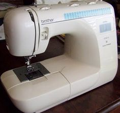 5 simple sewing projects for beginners. I LOVE to sew, but lets face it, I suck!! This should help alot!!