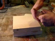 Video tutorial to make a tortilla press (Diy Wood Work How To Make) Woodworking Bench Plans, Teds Woodworking, Cool Diy Projects, Wood Projects, How To Make Tortillas, Making Tortillas, Homemade Tortillas, Tortilla Press, Make Your Own