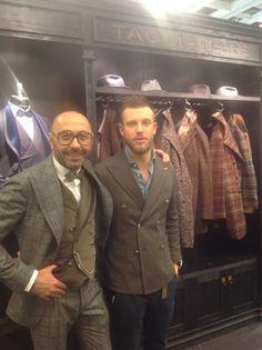 PITTI UOMO 85: con Pino Lerario, designer e proprietario di TAGLIATORE Dandy Style, Men's Style, Mode Masculine, Menswear, Mens Fashion, Blazer, Elegant, Florence, Bespoke
