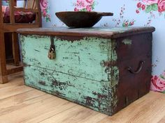 Chests and trunks are unique storage furniture pieces that add wonderful accents to room decor. These items, used to be Primitive Furniture, Distressed Furniture, Rustic Furniture, Painted Trunk, Painted Chest, Paint Furniture, Furniture Makeover, Trunk Makeover, Vintage Trunks