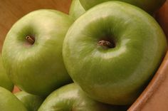 The Health Benefits of Granny Smith Apples (green apples have the least amount of sugar of all apples)