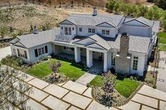 Eagle Eye - See Inside Kylie Jenner's New $6 Million Pad - Photos
