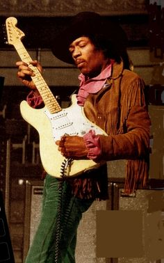 Jimi Hendrix Greatest guitarist of all time! Jimi Hendrix Experience, Jimi Hendricks, Historia Do Rock, Blues, Hey Joe, Best Guitar Players, Easy Guitar, Rock Legends, Music Icon
