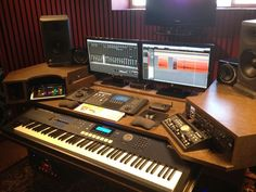 Home studio desk furniture 39 Super ideas Home Recording Studio Setup, Home Studio Setup, Studio Layout, Studio Ideas, Studio Design, Audio Studio, Music Studio Room, Music Rooms, Sound Studio