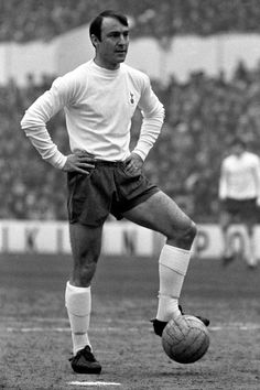 Man on the ball in this picture is Jimmy Greaves of Tottenham Hotspurs. He joined Chelsea in 1957 and in 1961 had a short spell with Milan before coming back to England and Spurs. Retro Football, World Football, Football Players, School Football, British Football, Jimmy Greaves, Pictures Of England, Tottenham Hotspur Players, Image Foot