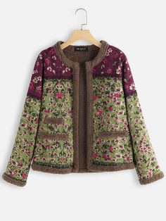 Gracila Vintage Floral Print Patch Fleece Long Sleeve Jacket is hot sale on Newchic,here women Coats & Jackets with unbelievable discounts. Denim Mantel, Style Floral, Floral Vintage, Modelos Fashion, Vestidos Vintage, Themed Outfits, British Indian, Moda Online, Jackets Online