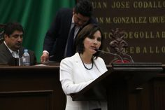 """A nombre de la bancada albiazul, la diputada Macarena Chávez Flores propuso que la Auditoría Superior de Michoacán fiscalice la cuenta """"cargos por aplicar"""" desde su origen, permitiendo así castigo ..."""