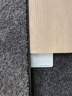 Best No Cost Grey Carpet white walls Suggestions Deciding on the best carpet colour can be a daunting process. Unlike fashion trends for interior fur Dark Grey Carpet Bedroom, Bedroom Carpet Colors, Grey Carpet Living Room, Dark Carpet, White Carpet, Best Carpet, Patterned Carpet, White Bedroom, Modern Carpet