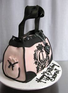 Juicy Couture Sculpted Purse Cake by Amanda Oakleaf Cakes, via Flickr this would be the perfect birthday cake for Michelle, a friend of mine.