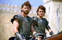 Still of Eric Bana and Orlando Bloom in Troy (2004)