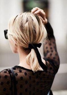 Hairstyle Inspiration : Gorgeous Holiday Hair Ideas {Black Velvet Ribbon}