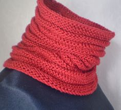 KnitANDlace cowl for me. FREE PATTERN http://www.ravelry.com/projects/LENA11/present-2
