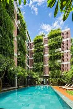 Vo Trong Nghia completes Vietnam hotel featuring walls of hanging plants