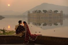 If you plan on doing the pre-wedding couple shoot in Rajasthan and are looking for some breathtaking backdrops, then we've got every Jaipur fort covered for you! couple asian Every Jaipur Fort That Is Just Right for Your Pre-Wedding Shoot Wedding Couple Poses Photography, Indian Wedding Photographer, Photography Ideas, Pre Wedding Shoot Ideas, Pre Wedding Photoshoot, Photoshoot Ideas, Indian Destination Wedding, Destination Weddings, Pre Wedding Videos