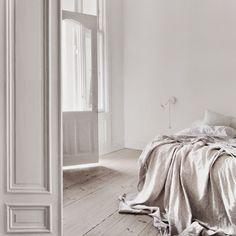 dormitorio blanco aire escandinavo