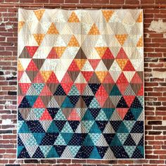 Sew with equilateral triangles in this fun, modern quilt pattern. Cut triangles with a standard acrylic ruler or provided template. x Kit includes: 7 yards of fabric for top and binding. Love the color combination! Quilt Baby, Baby Quilt Patterns, Modern Quilt Patterns, Patchwork Patterns, Patchwork Designs, Quilting Projects, Quilting Designs, Sewing Projects, Quilt Design