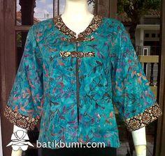 Batik Kebaya, Batik Dress, Blouse Batik Modern, Batik Blazer, Dress Brukat, Batik Solo, Batik Fashion, Blouse Models, Traditional Outfits