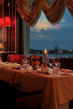 Dining in Venice on the Grand Canal