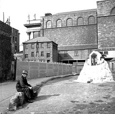 A Marian Shrine at Borris Court just off St Michaels Lane with St Audeon's church in the background Dublin Street, Dublin City, St Michael, Old Pictures, Old Photos, Castles, Ireland, Irish, San Miguel